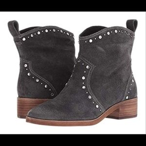Dolce vita Tobin studded booties boots size 7